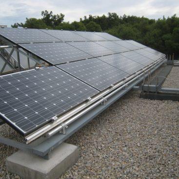 Κατασκευή φωτοβολταικών σταθμών